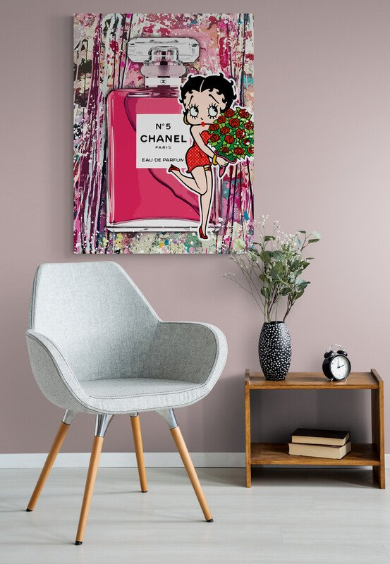 Stylish_chair_and_flowers